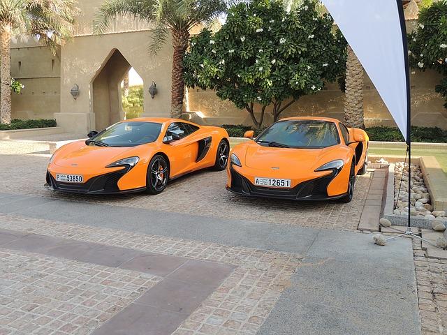 luxusní vozy