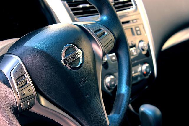 Nissan detail volantu
