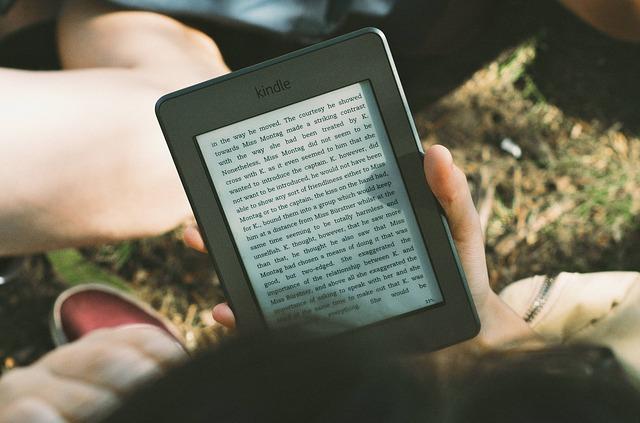 kniha v čtečce