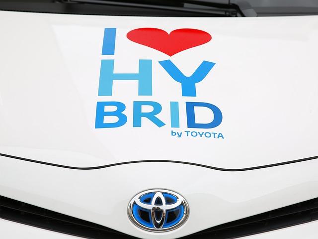 reklamní nápis na Toyotě