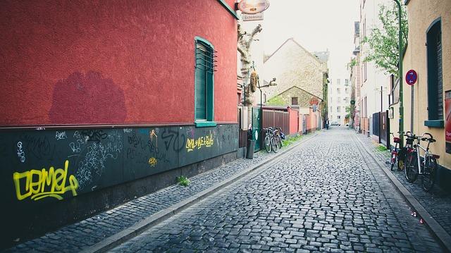 dlážděné ulice